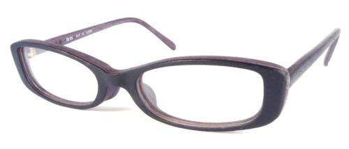 グレーの木調メガネ