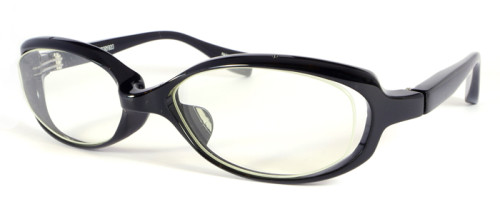 立体感のある黒いメガネ