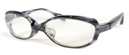 グレー柄のメガネ