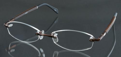福山雅治さんガリレオで着用メガネ