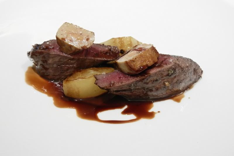 エゾ鹿フィレ肉のロースト
