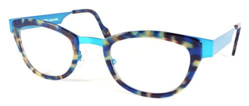 水色とべっ甲柄の異素材を組み合わせたメガネ