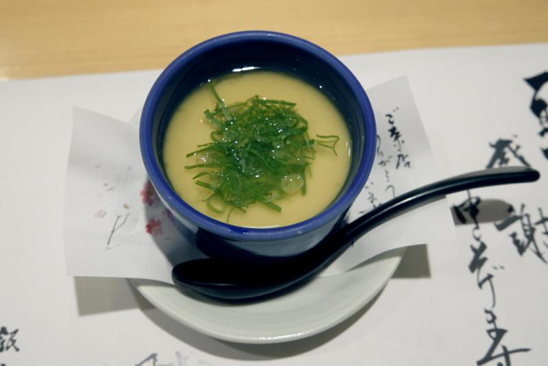ゴマ豆腐の茶碗蒸し