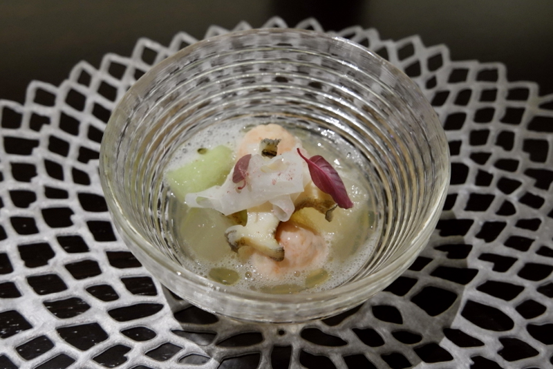 手毬海老、アワビ、冬瓜、新レンコンと梅餡