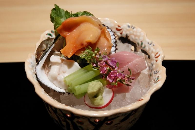閖上産赤貝、静岡産メジマグロ、鯛の白子