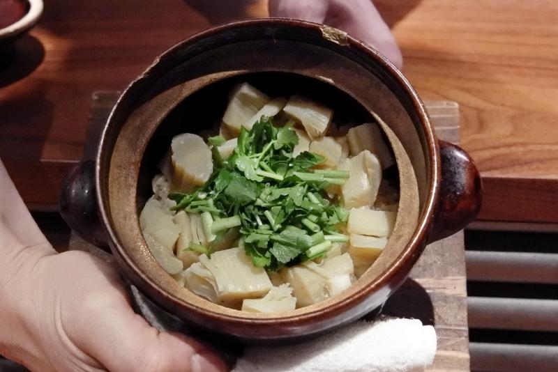 ホタテとセリの土鍋ご飯
