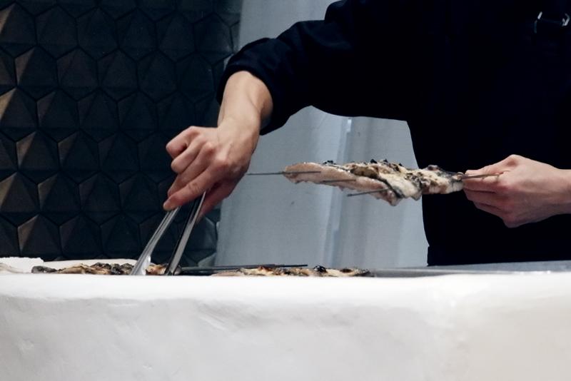 愛知県一色産鰻の炭焼き