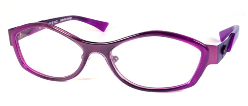 紫の金属とプラスチックのコンビネーションフレーム