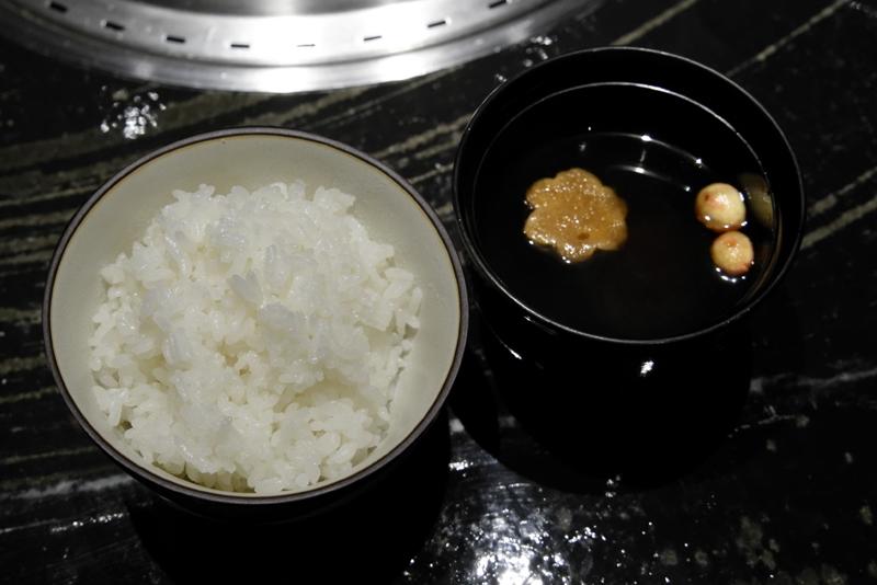 ご飯、味噌汁