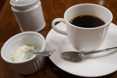 コーヒーと生クリーム